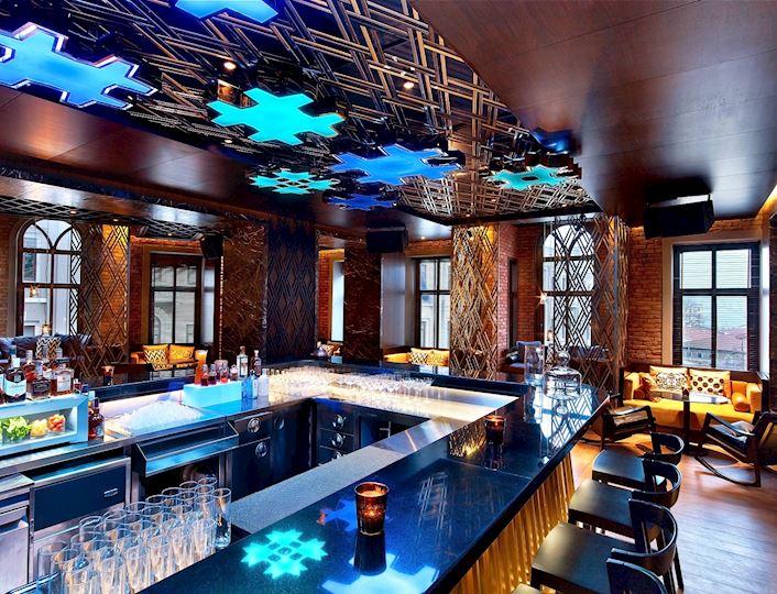 W Lounge'da mutfak ve miksoloji tatlarımızı keşfet.